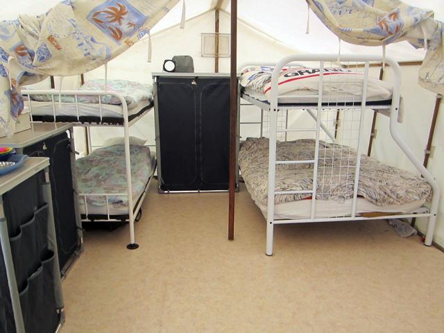 Stapelbedden met slaapplaats voor 5 personen
